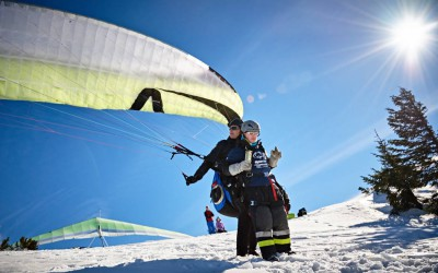 skywalk fliegt das Olympische Feuer nach Inzell